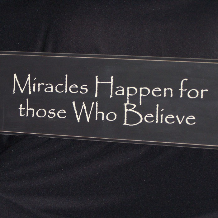 HOW TO ATTRACT MIRACLES DAILY